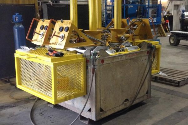 Hydraulically Actuated Guidebase Grapple (HAGG) Jack